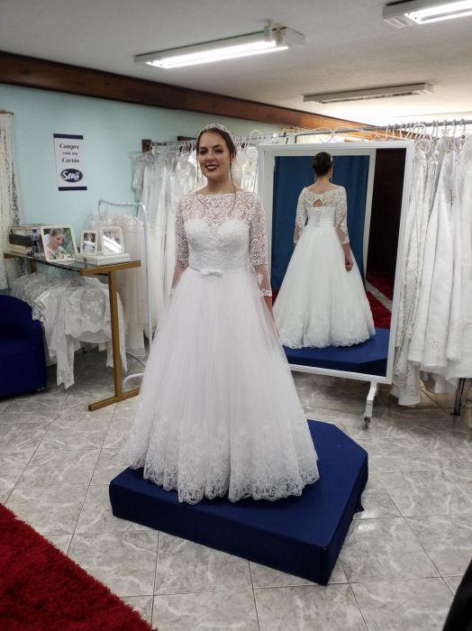 Vestido de Noiva longo princesa manga comprida
